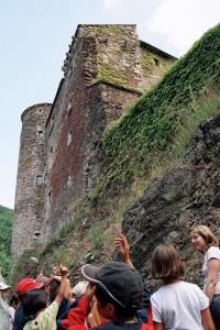 Château de Coupiac en Aveyron - Groupe scolaires